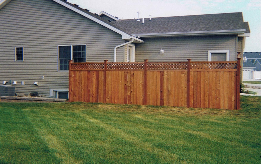 wood lattice privacy fence